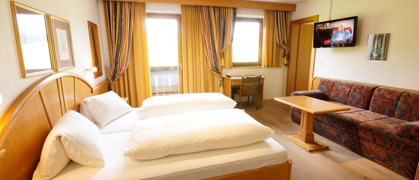 austria_soll_sporthotel-modlinger_austrian-twin-room2.jpg
